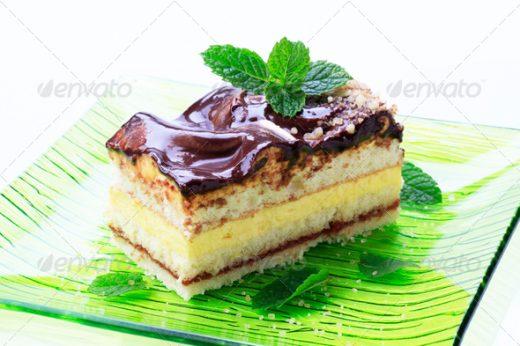 Cream cake topped